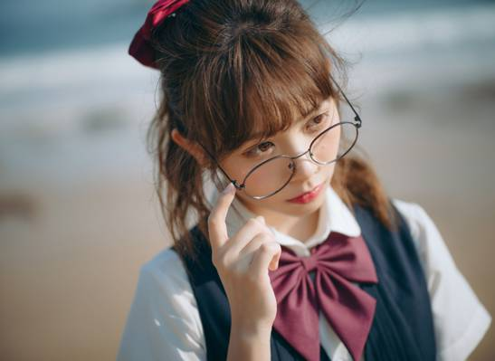 白皙清纯jk少女海边文艺唯美写真