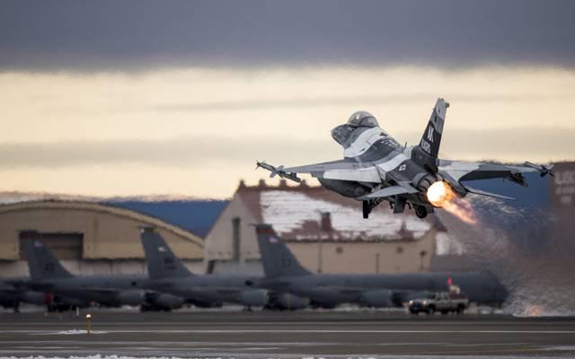 """战隼,""""战隼"""",战斗机,F-16,多用途"""