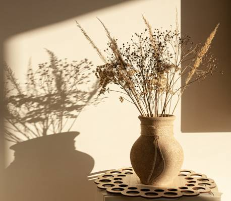 小花瓶静物朋友圈背景图